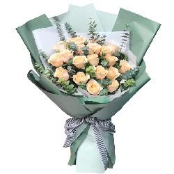 19朵香槟玫瑰尤加利,所有的爱付出