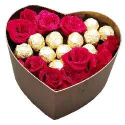 11朵红玫瑰巧克力礼盒,与你轰轰烈烈一生