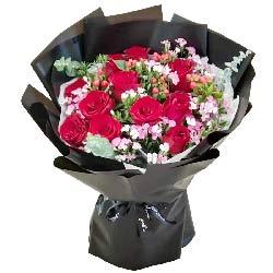 11朵红玫瑰红豆,永远的爱恋