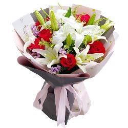 9朵红玫瑰2支白色多头百合,爱你是最大的幸福