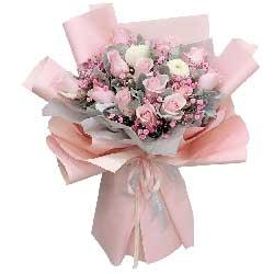 12朵戴安娜粉玫瑰,此情甜蜜久久