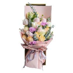 19朵玫瑰礼盒,幸福就在彼此的臂弯