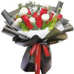 12朵红玫瑰,6朵桔梗,此情久久
