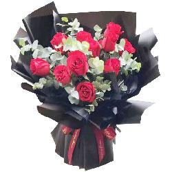 11朵红玫瑰,你的世界我来呵护
