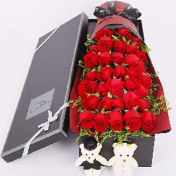 33朵红玫瑰礼盒装,你是不容错过的唯一