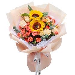 2朵向日葵,9朵香槟玫瑰,愿你更幸福