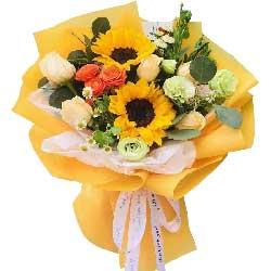 6朵香槟玫瑰,2朵向日葵,美好年华