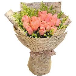 18朵粉玫瑰,甜蜜温馨