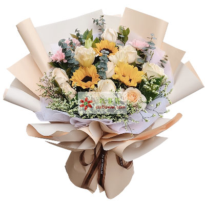 11朵香槟玫瑰,3朵向日葵,久久祝福欢多