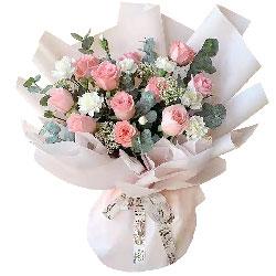 11朵戴安娜粉玫瑰,爱恋的升华