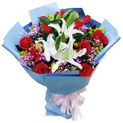 11朵红玫瑰,2支百合,心相印爱相随
