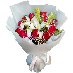 11朵红玫瑰百合,爱你永不后悔
