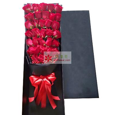 33朵红玫瑰礼盒,一生一世一双人共舞