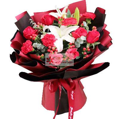 6朵红玫瑰,6朵红色康乃馨,幸福永远伴你