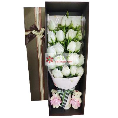 19朵白玫瑰礼盒,感受到你的爱