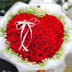 99朵红玫瑰,和你相拥幸福