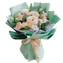 11朵香槟玫瑰,9朵桔梗,爱你幸福一生