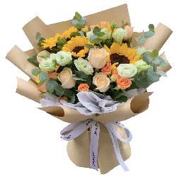 4朵向日葵,9朵香槟玫瑰,勇于担当