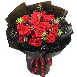 19朵红玫瑰,愿用一生的时间将你守候