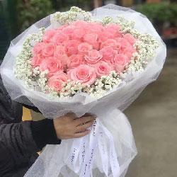 33朵戴安娜粉玫瑰,不变的誓言