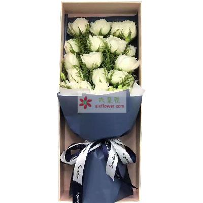 19朵白玫瑰礼盒,盛开在你心里