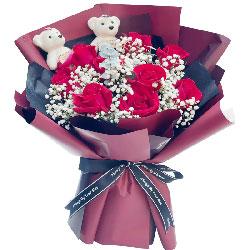 9朵红玫瑰,爱你无悔