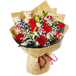 11朵红玫瑰满天星,一颗真心对你