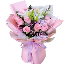 11朵戴安娜粉玫瑰百合,用心爱