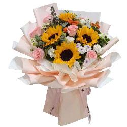 9朵戴安娜粉玫瑰向日葵,精彩的人生