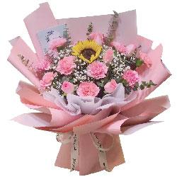11朵粉色康乃馨戴安娜粉玫瑰,时刻都幸福美丽