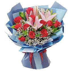 11朵红玫瑰百合,爱滋润你