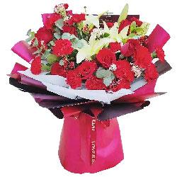 11朵红色康乃馨11朵红玫瑰,幸福一生